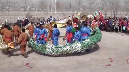 青海省湟中县西堡镇东两旗村2013年社火