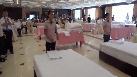 邵阳县中宏大酒店客房部铺床