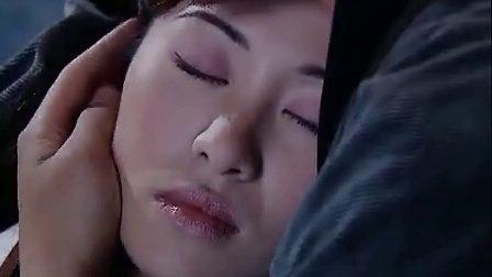 美女晕倒在