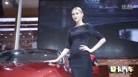 2015成都车展 Volvo中外嫩模争风吃醋