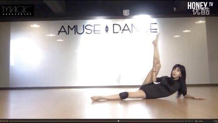 韩国美女主播许允美练习室热舞视频 前凸后翘身