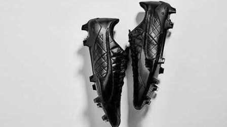 【新鞋速递】彪马发布evoSPEED SL足球鞋袋鼠皮版全黑配色