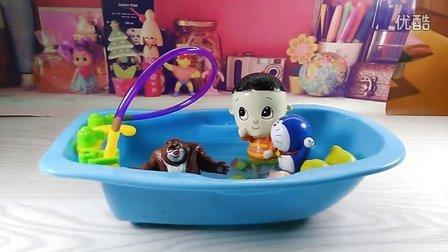 熊出没大头儿子洗澡澡 11视频图片