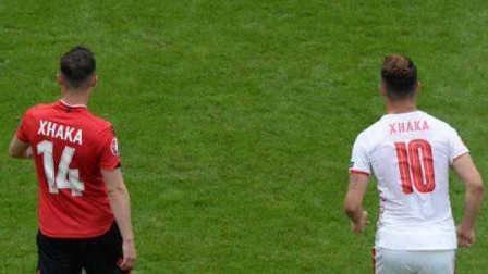 """足尖上的欧洲杯第一期:帕耶横空出世 扎卡兄弟上演绿茵""""兄弟阋墙"""""""