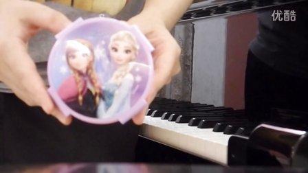 冰雪奇缘 钢琴挺逗 Disn_tan8.com