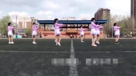 某中学美女啦啦队跳出《极乐净土》这群小姑娘