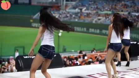 棒球啦啦队三大美女之一朴姬兰热舞 比CBA啦啦队