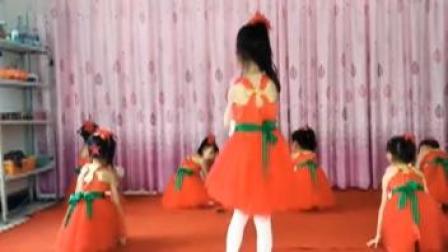 点击观看《儿童舞蹈 小苹果》