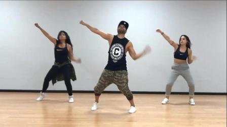 公认的最健身减肥舞蹈,跟着甩起来吧!视频