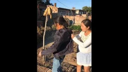 农村婆媳搞笑视频, 太有才了, 太搞笑了 (1)
