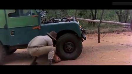 你见过要石头刹车吗? 太搞笑了