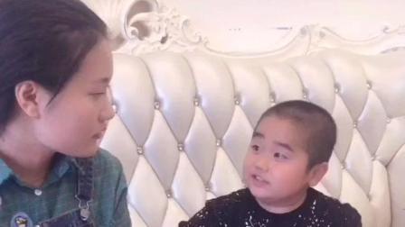 搞笑视频: 美女找不到工作, 知道小胖是怎么回答