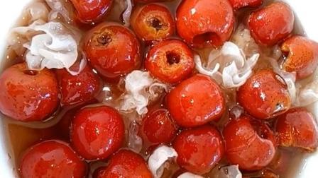 自制山楂银耳罐头的做法, 酸酸甜甜很好吃