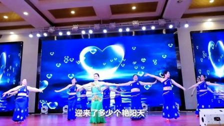广场舞《月亮船月亮湾_》成都快节奏舞蹈队表演