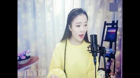 黄衣美女唱歌真好听, 一首《我的心》打动了我