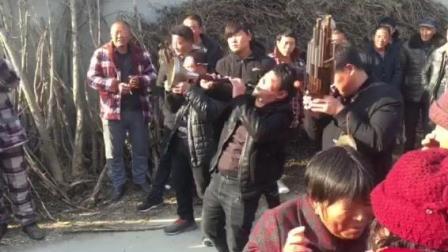 亳州杨老三: 哪庄的办丧礼, 请的这样的吹响的