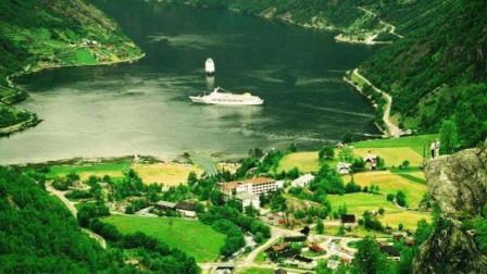 FB点击过亿! 航拍挪威: 上帝视角自然风景美如画