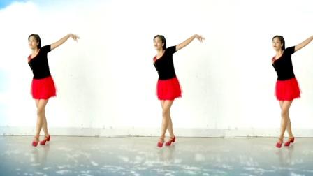 最流行的广场舞《花桥流水》阿采广场舞 正背面