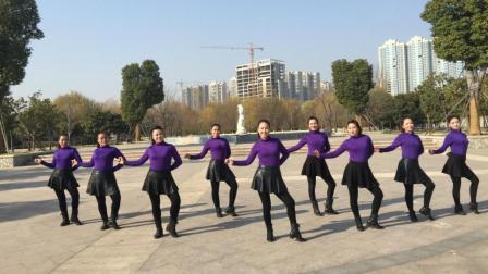 动动广场舞爱的一路上有你含背面动作分解教学