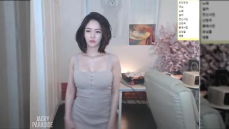 韩美女主播热舞黑丝短裙10