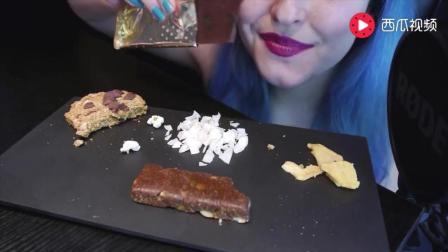 美女吃好几种零食, 发出不同的咀嚼声, 吃豆子的
