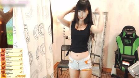长腿美女超短热裤的骆驼趾, 主播跳舞就是豪爽3