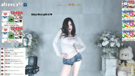 韩国女主播尹素婉休闲装, 性感热舞。