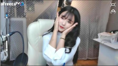 韩国美女主播jiyeoning动感热舞 Twice《TT》