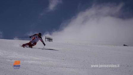 马丁古加尼格:颠覆丸山贵雄滑雪移动并使其终认知延时视频图片