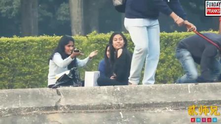 【搞笑自拍】印度三哥教你撩妹套路: 假装汪星人