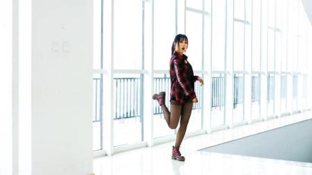 丝袜美女———时尚热舞