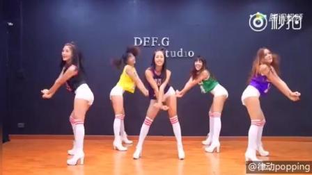 全网最火的《Panama》美女舞蹈