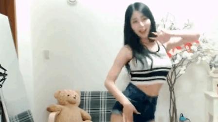 韩国长发美女主播性感热舞