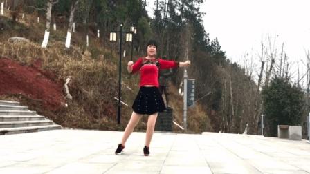 在这个冻手冻脚的下雪天里赶紧来跳这支健身舞扩胸拉伸手臂秒出汗