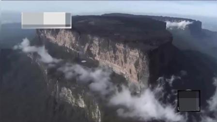 UFO目击: 圆形不明飞行物飞过山顶, 放出的是什么