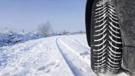 老司机教你如何雪地脱困