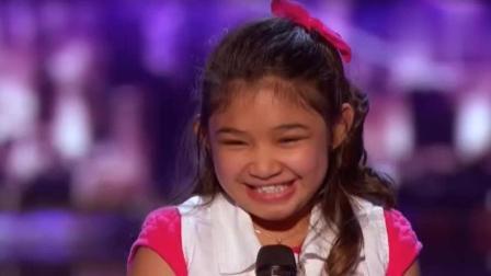 中国4岁女孩上外国真人秀, 简直不敢相信这是4岁孩子的声音