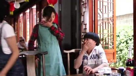 陈翔六点半: 救人那小子是个骗子早餐被他骗走了