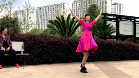 点击观看《38女神节祝福舞 32步广场舞 最亲的人 送给远方牵挂的》