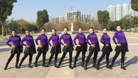 美久广场舞美女导师柔情经典演绎原创舞蹈红豆红