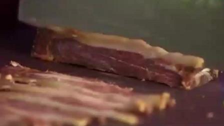 西餐大廚一看到中國的金華火腿, 完全懵了, 菜都做不好了!