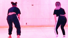 国外性感热舞美女跳鬼步舞! 超叼舞蹈
