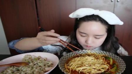 中国吃播, 美女吃自制拉面和蛋炒饭, 大口大口的