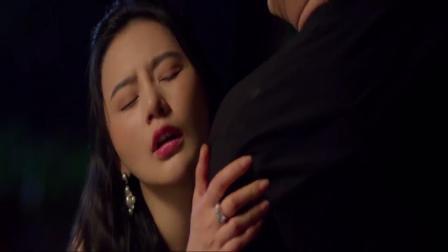 男子夜晚在家看日本电影,遇到美女上门找酒喝,你会拒绝他吗?