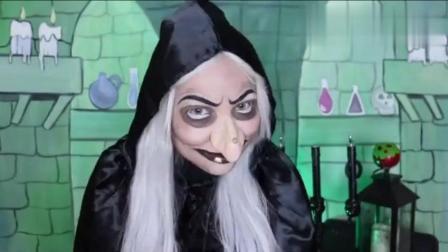 女子神操作化妝成老巫婆, 送給白雪公主一個蘋果后計謀得逞!