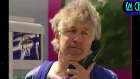 国外搞笑视频集, 歪果仁爆笑恶搞电话亭旁的音乐
