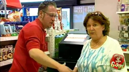 奇趣搞笑视频集, 国外超市爆笑恶搞顾客 , 只会吐