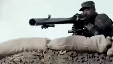 特种部队行动小组遭武装分子重火力压制, 危急时