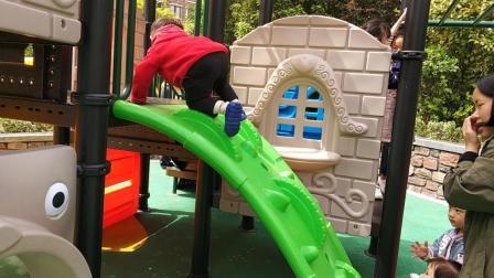 2018天使小视记幼儿园滑滑梯游戏视频糖糖亲处破频成长图片