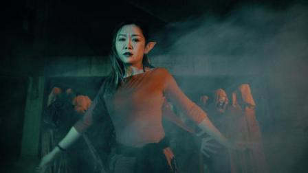 点击观看《用爵士舞的舞姿把生活的心酸转换成喜悦 献祭 爵士舞表演》
